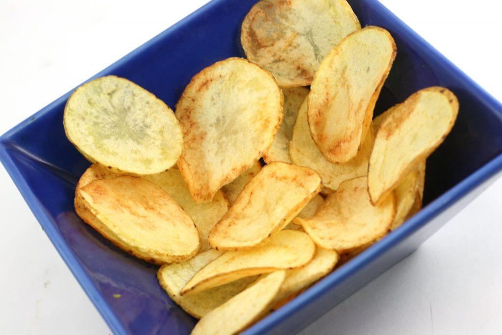 Чипсы на сковороде рецепт с фото
