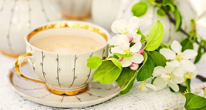 Чай заваренный на молоке