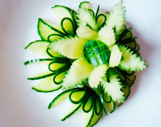 foto13 Карвинг из фруктов: виды поделок и пошаговая инструкция