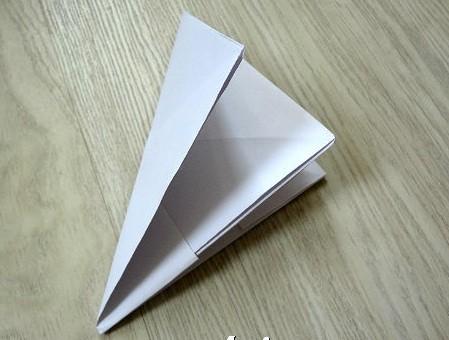 korablik15 Кораблик из бумаги. Как сделать кораблик из бумаги — пошаговая инструкция с фото