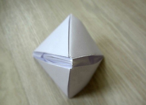korablik16 Кораблик из бумаги. Как сделать кораблик из бумаги — пошаговая инструкция с фото