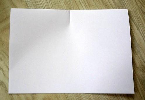 korablik5 Кораблик из бумаги. Как сделать кораблик из бумаги — пошаговая инструкция с фото
