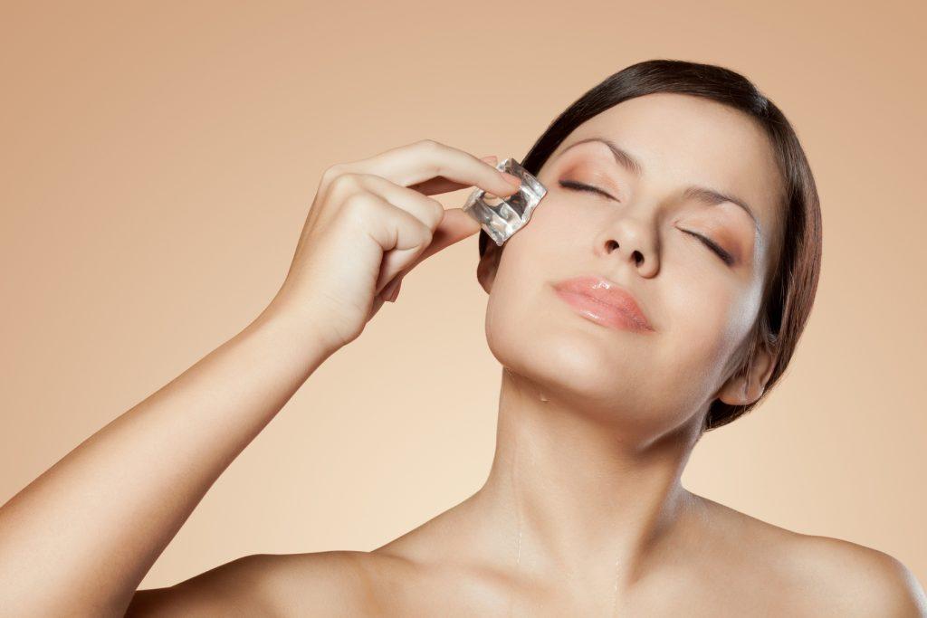 Как снять отек с лица быстро в домашних условиях: обзор масок, причины отечности