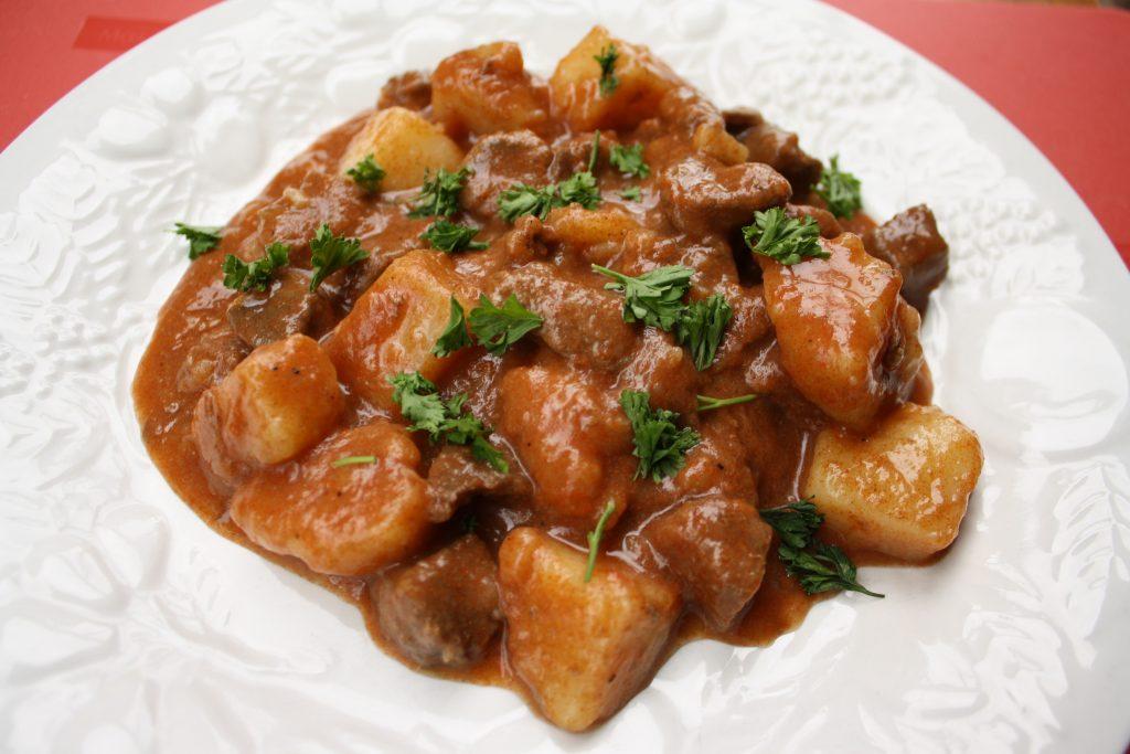 Свинина тушеная соусе рецепты с фото